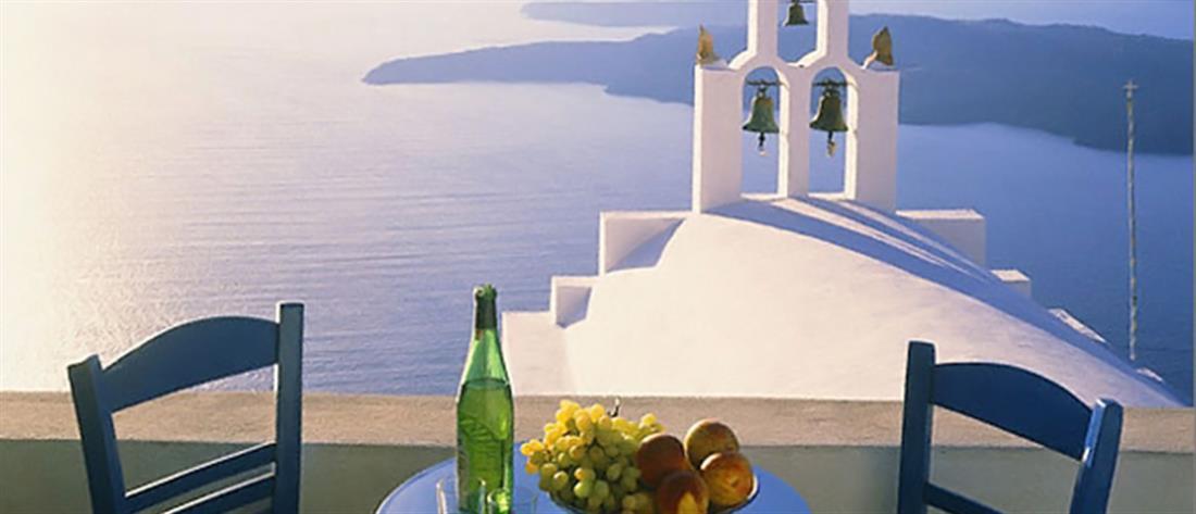 Telegraph: Ιδανικός προορισμός για οικογένειες η Ελλάδα