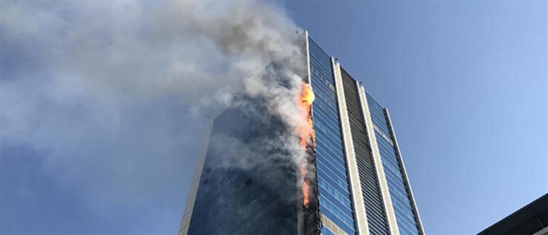 Φωτιά σε εμπορικό κέντρο στην Άγκυρα (βίντεο)