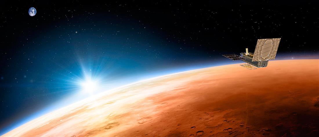 """Εντυπωσιακό: Βρήκαν το σύμβολο του στόλου του """"Σταρ Τρεκ"""" στον πλανήτη Άρη (εικόνα)"""