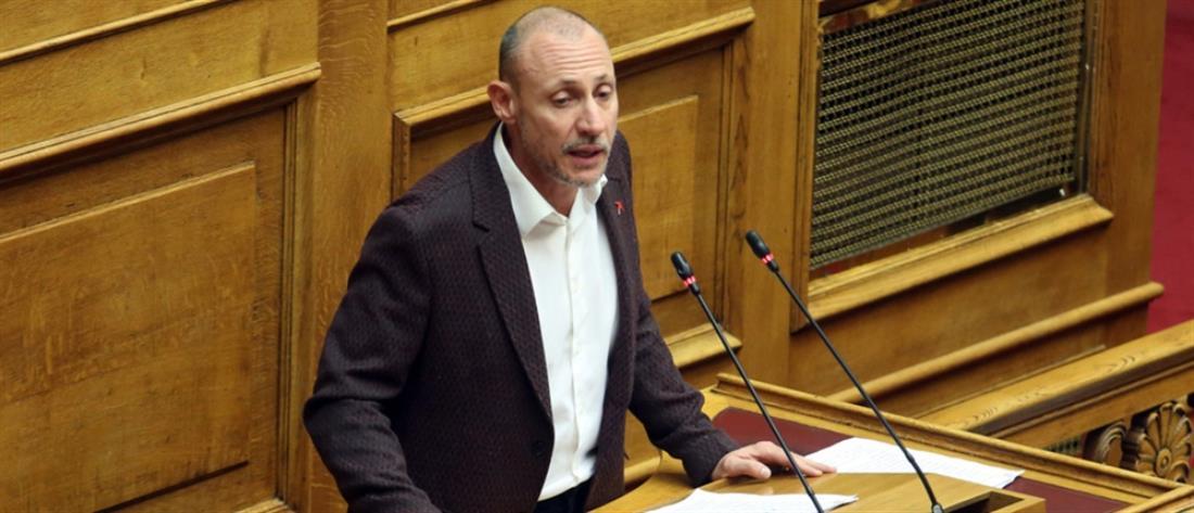 Κλέων Γρηγοριάδης: Τα ΜΑΤ στα Εξάρχεια δεν σεβάστηκαν το δικαίωμα της ιδιοκτησίας