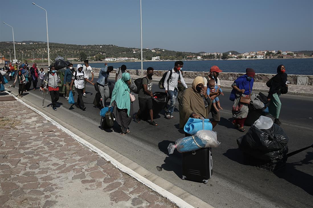 Πρόσφυγες - μετανάστες - Μόρια - Λέσβος