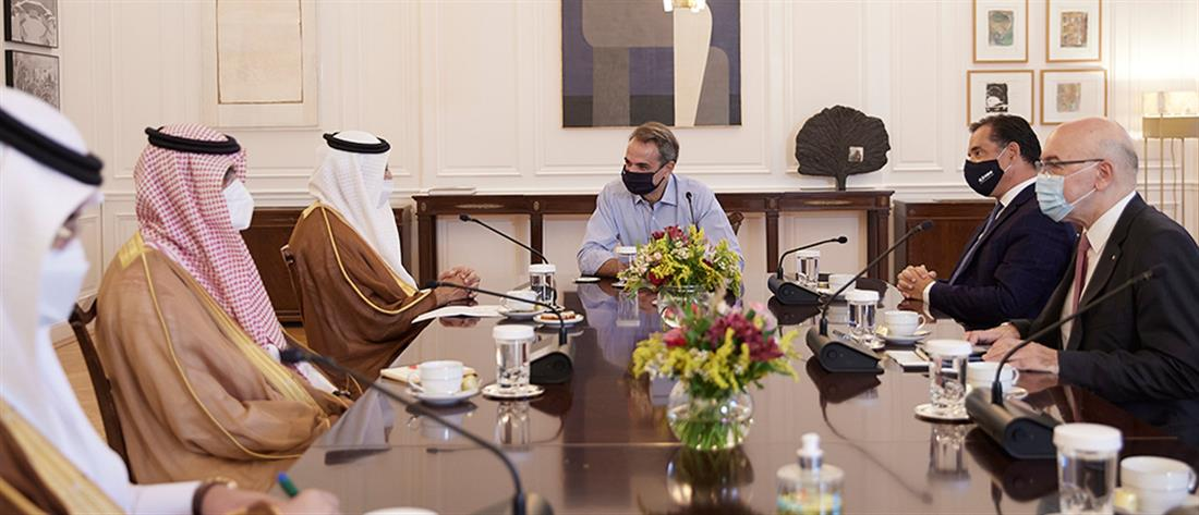 Μητσοτάκης: Συνάντηση με τον Υπουργό Επενδύσεων της Σαουδικής Αραβίας (εικόνες)