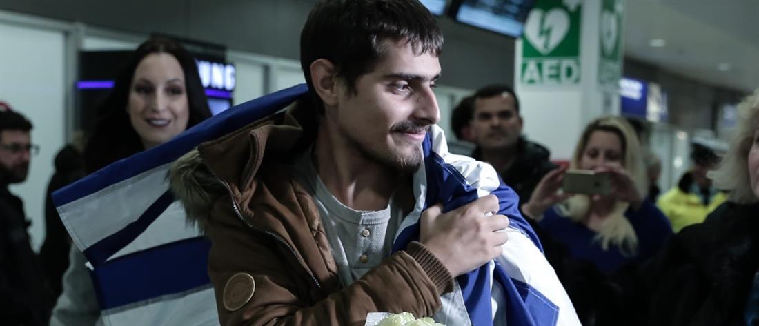 """""""Επιτέλους γύρισα σπίτι μου"""", λέει ο Έλληνας ναυτικός που απήχθη από πειρατές (εικόνες)"""