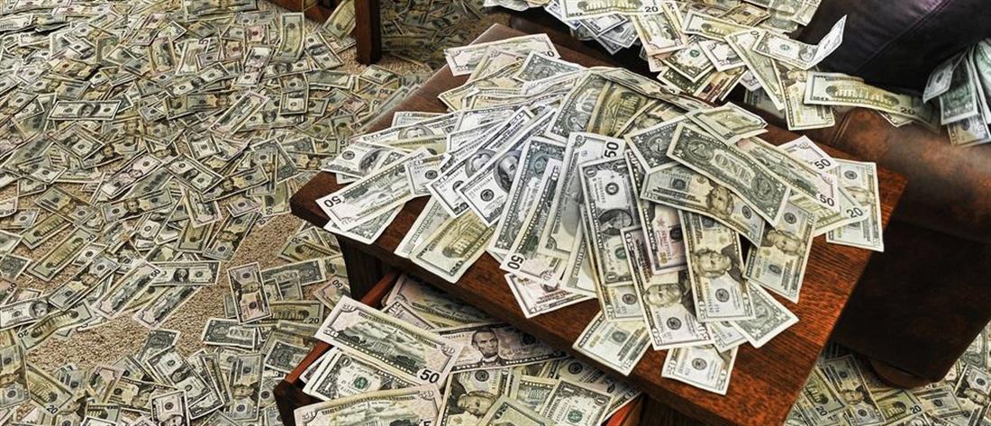 ΗΠΑ: Αυξάνονται τα χρήματα δισεκατομμυριούχων ενώ δεσμεύτηκαν για φιλανθρωπίες