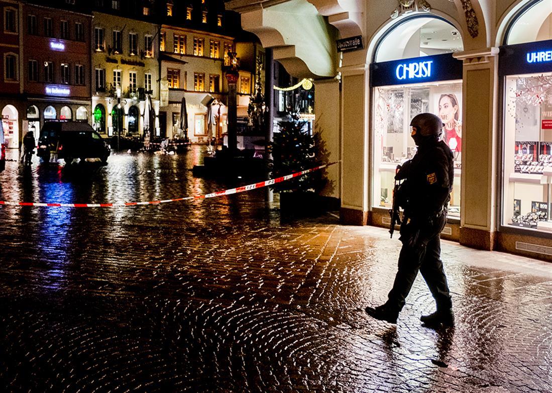 Γερμανία - Τρίερ - έπεσε σε πλήθος - δυστύχημα