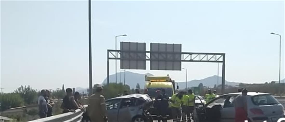 Ζευγολατιό: Φονικό τροχαίο στην Εθνική Οδό (εικόνες)