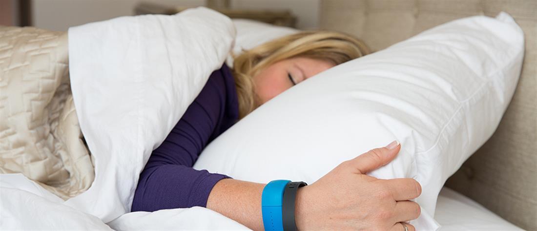 Οι παράξενες συνήθειες διασήμων στον ύπνο