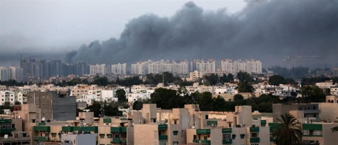 """ΕΕ: Συμφωνία για ναυτική """"περιφρούρηση"""" του εμπάργκο όπλων στη Λιβύη"""