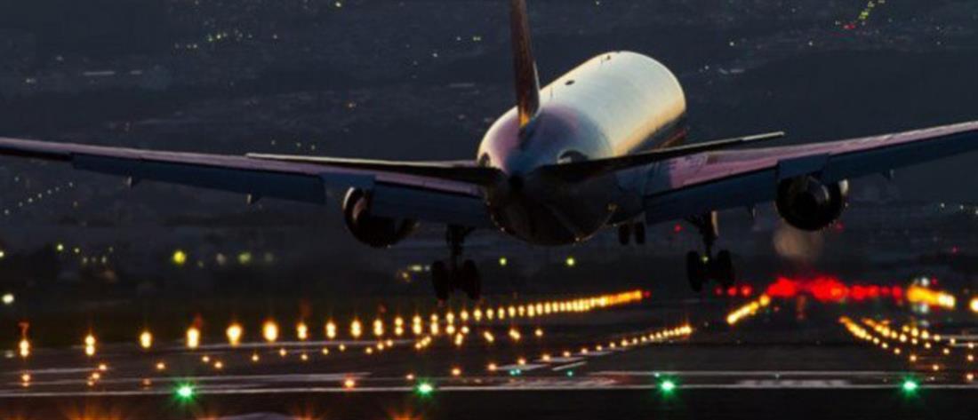 Επιβάτης αεροπλάνου άνοιξε... την έξοδο κινδύνου αντί την τουαλέτα