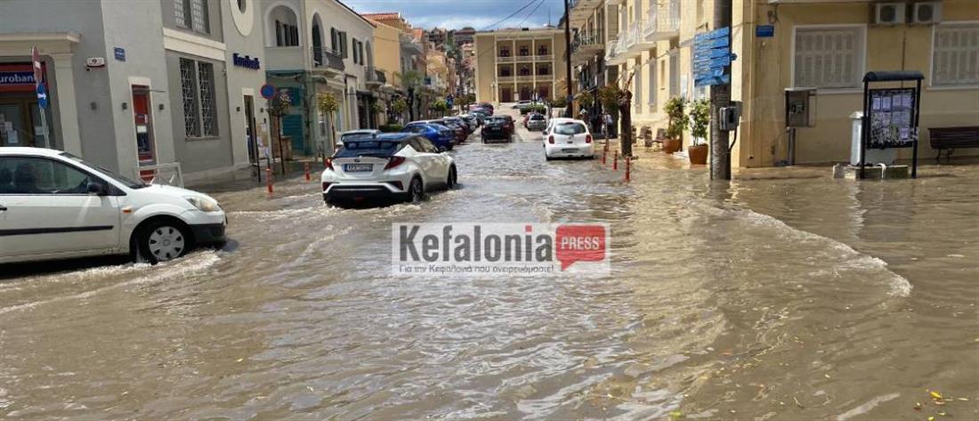 Κακοκαιρία στην Κεφαλονιά: Χαλάζι και πλημμύρες (βίντεο)
