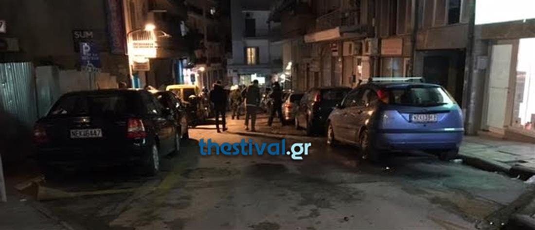 Επίθεση με μολότοφ σε διμοιρίες των ΜΑΤ στο τουρκικό προξενείο
