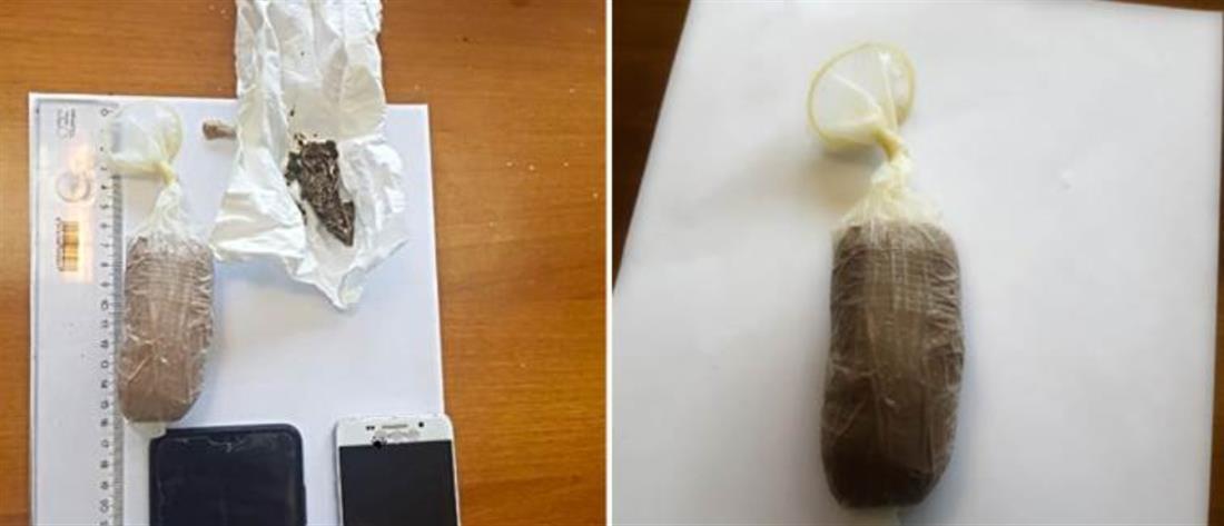 Προσπάθησε να περάσει ναρκωτικά κρυμμένα στα γεννητικά της όργανα