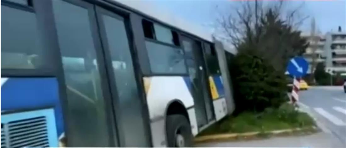 """Τρόμος από """"τρελό"""" λεωφορείο στην Κηφισίας (βίντεο)"""