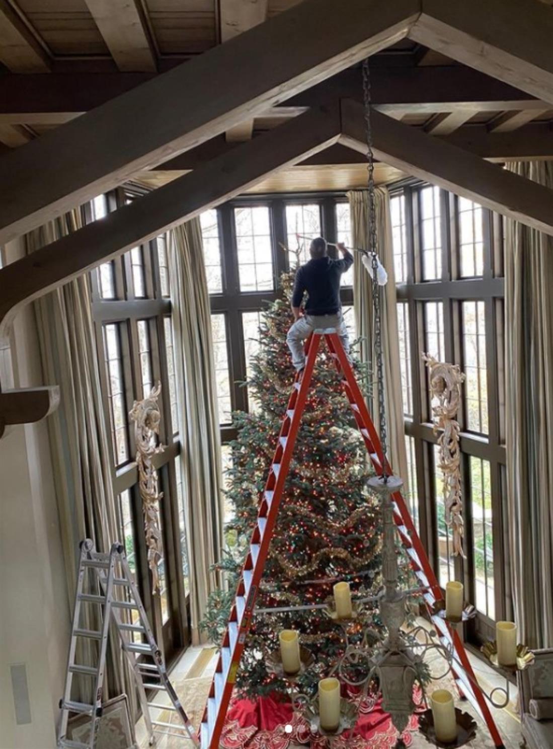 Τιμ ΜακΓκρο - Φέιθ Χιλ - Χριστουγεννιάτικο δέντρο