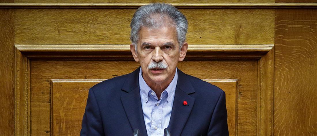 """Ένα """"βήμα"""" πιο κοντά στον ΣΥΡΙΖΑ ο Δανέλλης"""