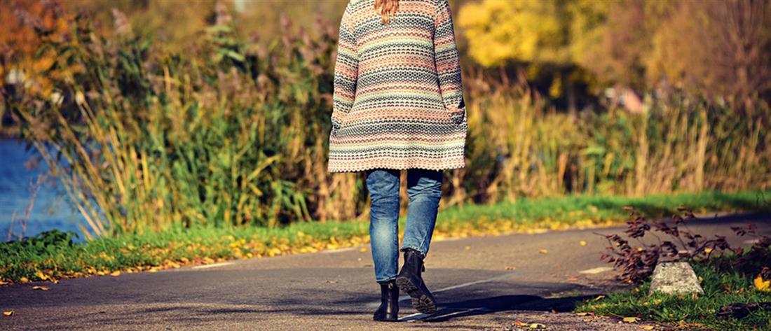 Έρευνα: Τι συνδέει το περπάτημα με τον... κορονοϊό