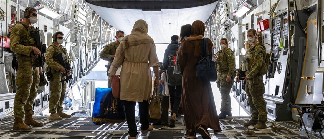 Αφγανιστάν: Επαφές ΗΠΑ – Ταλιμπάν για απεγκλωβισμούς