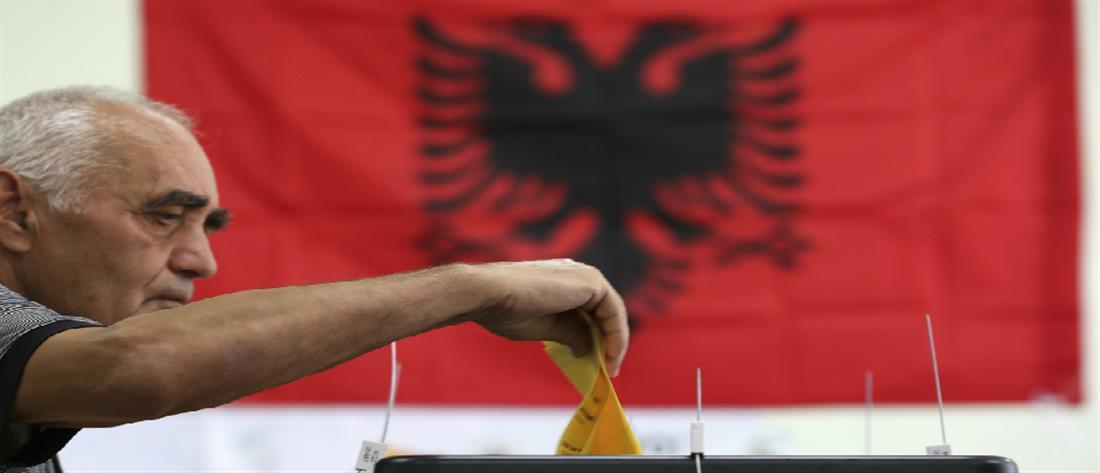 Σε κλίμα έντασης οι δημοτικές εκλογές στην Αλβανία