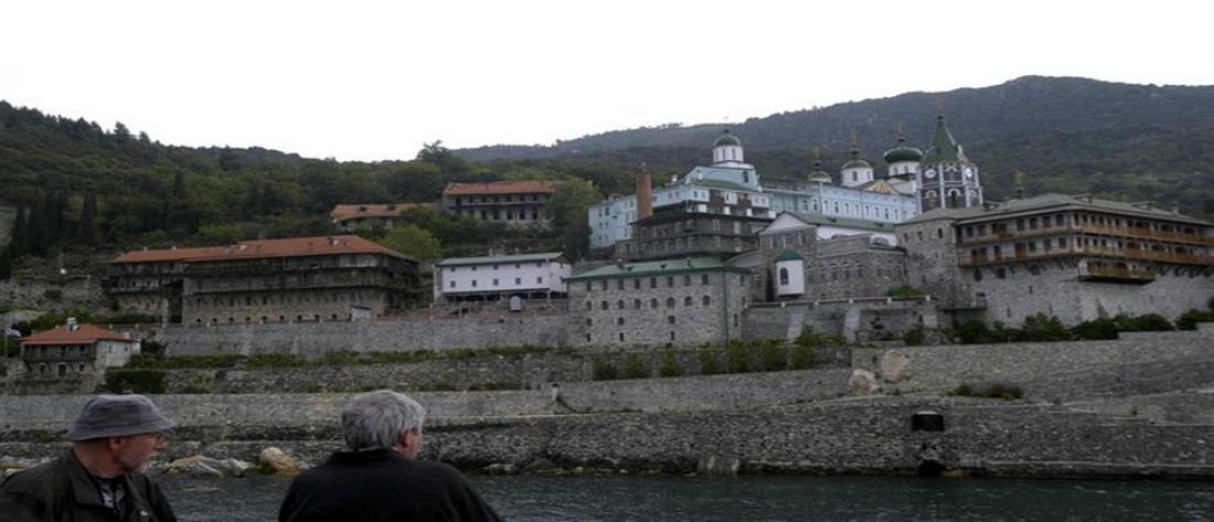 Θετικοί στον κορονοϊό άλλοι τρεις μοναχοί στο Άγιον Όρος