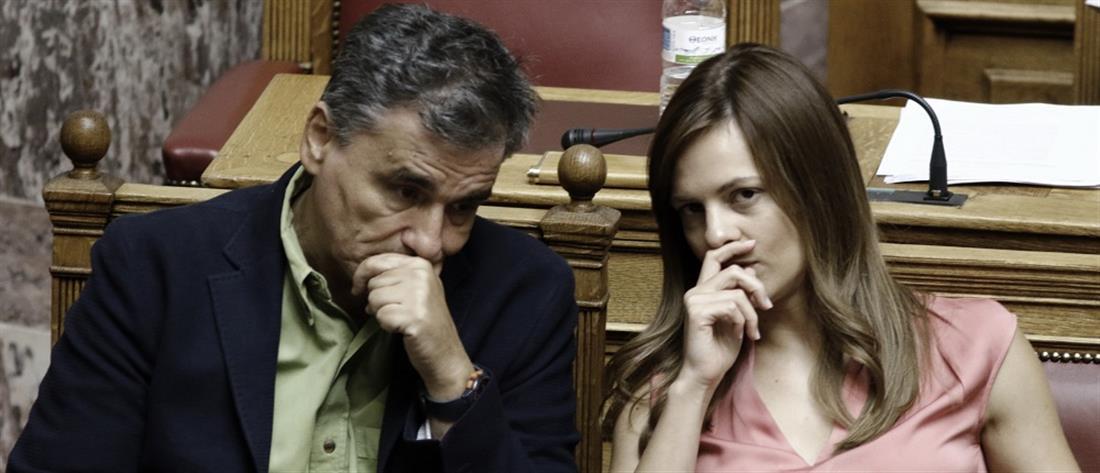 """Τσακαλώτος - Αχτσιόγλου: """"πλήρης στήριξη"""" στον Τσίπρα για την πρόταση μομφής"""