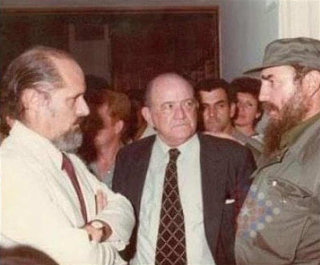 Ρομπέρτο Φερνάντες Ρεταμάρ - Φιντέλ Κάστρο