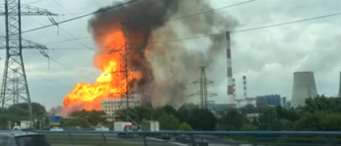 Μεγάλη φωτιά σε θερμοηλεκτρικό εργοστάσιο στην Ρωσία (βίντεο)