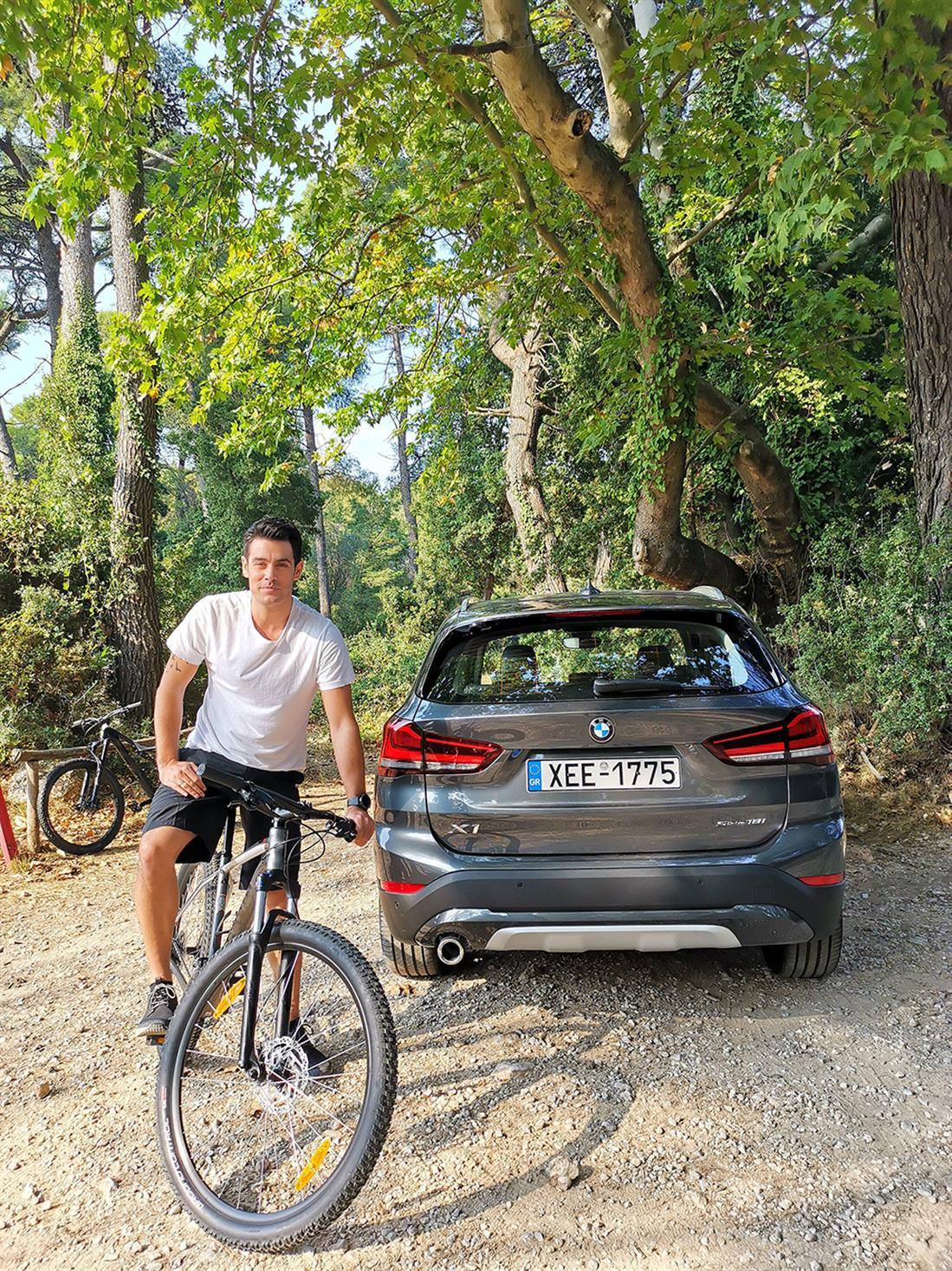 Κώστας Μαρτάκης - BMW X1