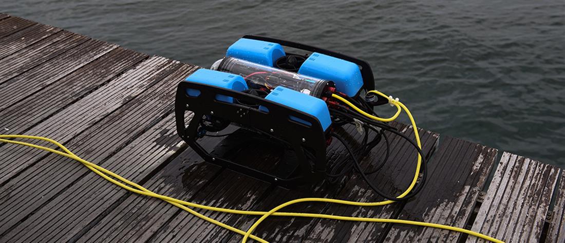 """Με υποβρύχιο drone """"ψαρεύουν"""" τα πατίνια στον Θερμαϊκό (εικόνες)"""