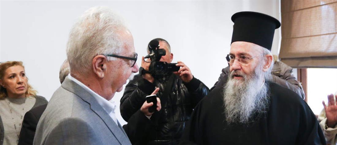 Αδιέξοδο μετά και τη νέα συνάντηση με τον Γαβρόγλου για την μισθοδοσία του κλήρου