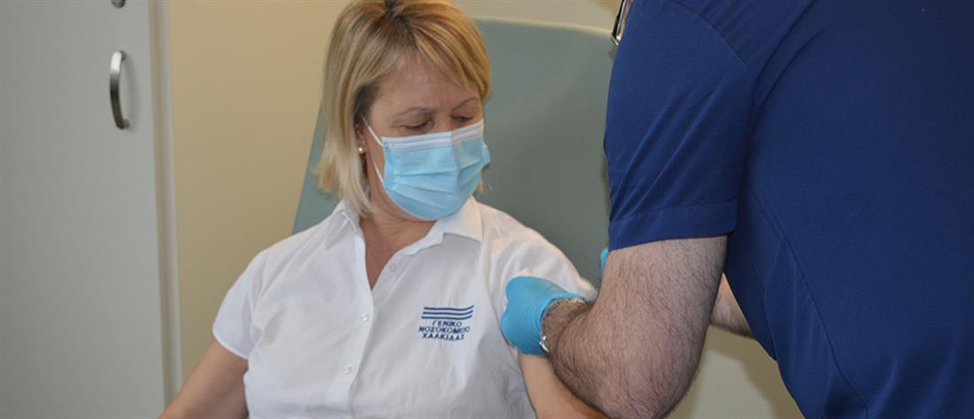 Κορονοϊός - Θεμιστοκλέους: εξασφαλίσαμε εμβόλια για πάνω από 15.000.000 πολίτες