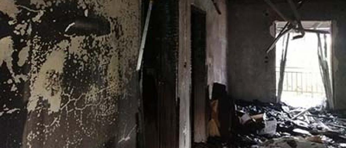 Χτύπησε κεραυνός το σπίτι του την ώρα που κοιμόταν (εικόνες)