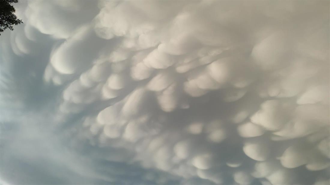 Λάρισα - Σύννεφα - mammatus clouds