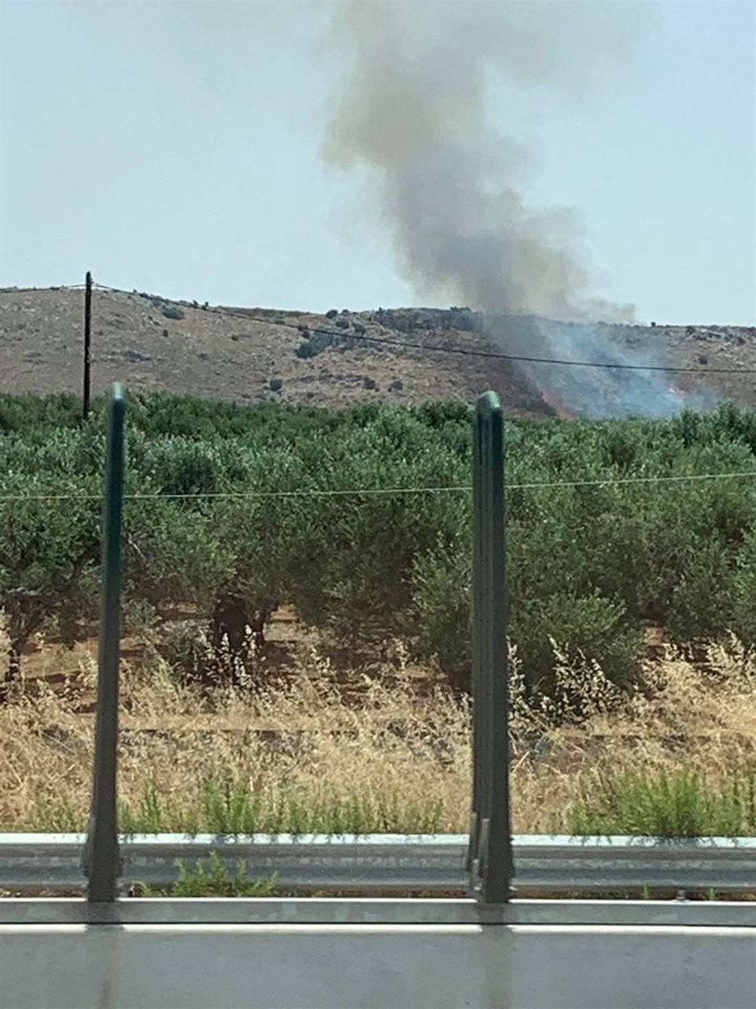 φωτιά - Γούβες -  Ηράκλειο - Κρήτη - πεδίο βολής
