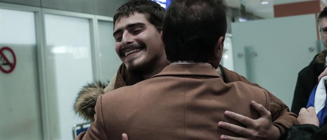Έλληνας ναυτικός - πειρατές - Τόγκο - άφιξη - αεροδρόμιο