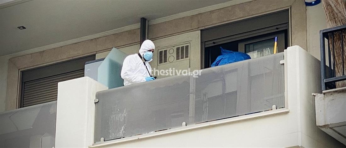Θεσσαλονίκη: Ηλικιωμένος βρέθηκε μαχαιρωμένος στο διαμέρισμά του (εικόνες)