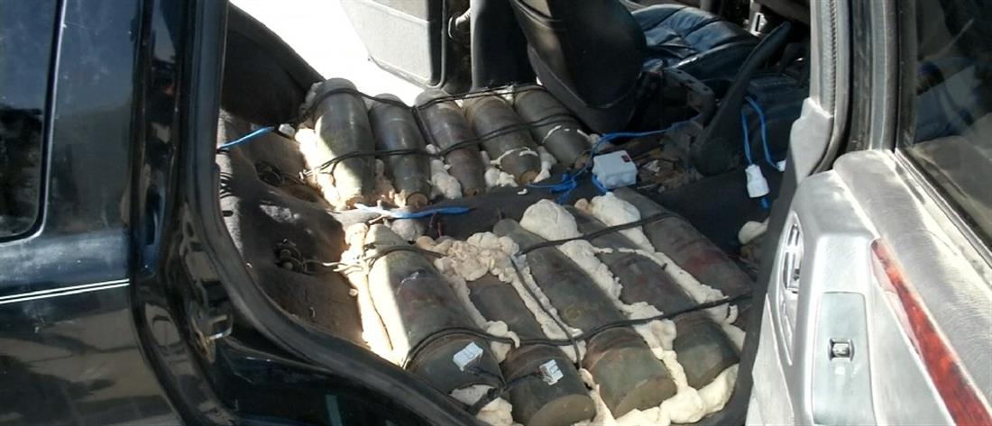 Μαχητής του ISIS παραδόθηκε μαζί με ένα αυτοκίνητο… βόμβες! (βίντεο)