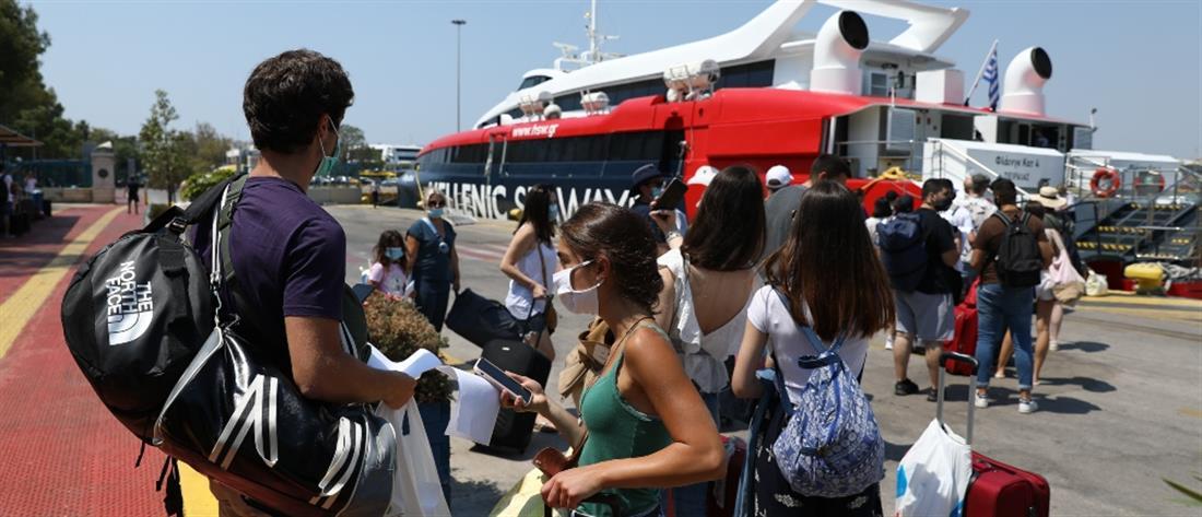 Πέτσας: Υποχρεωτική η χρήση μάσκας και σε εξωτερικούς χώρους πλοίων