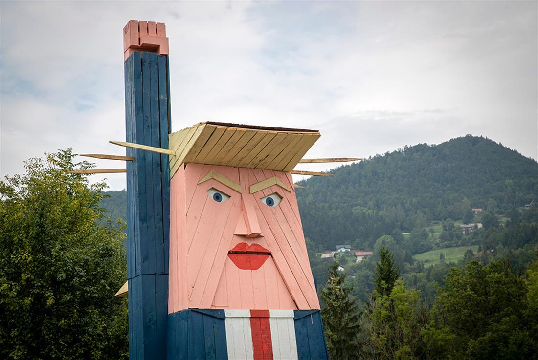 άγαλμα - Ντόναλτ Τραμπ - Σλοβενία - 2019