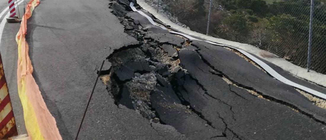 """Δρόμος """"χάθηκε"""" από την κακοκαιρία (εικόνες)"""