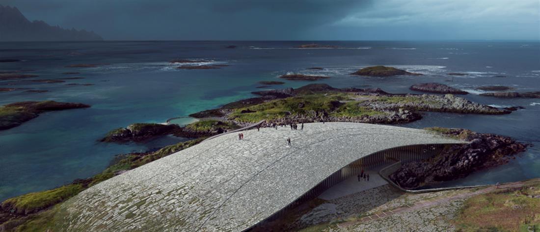 """The Whale"": η συγκλονιστική αρκτική ατραξιόν στη Νορβηγία (εικόνες)"