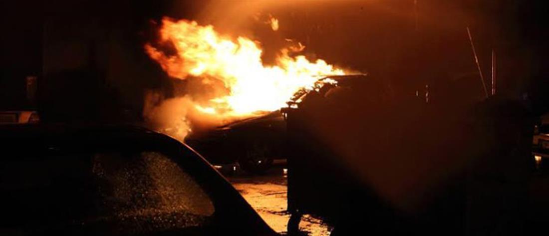 Στις φλόγες αυτοκίνητο στην Κρήτη