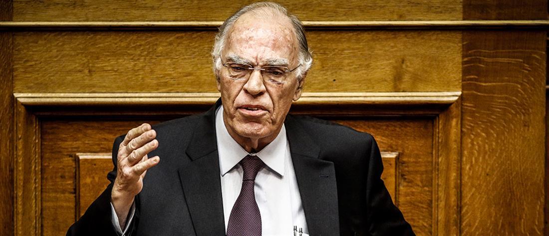 Κορονοϊός: Ο Βασίλης Λεβέντης αποσωληνώθηκε