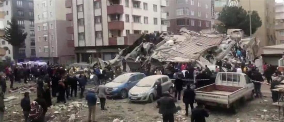 Κατάρρευση πολυκατοικίας στην Κωνσταντινούπολη (εικόνες)