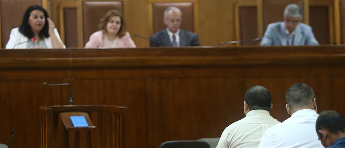 """Δίκη Χρυσής Αυγής: """"Δεν ξέρω, δεν άκουσα"""" λέει ο Πατέλης για την δολοφονία Φύσσα"""