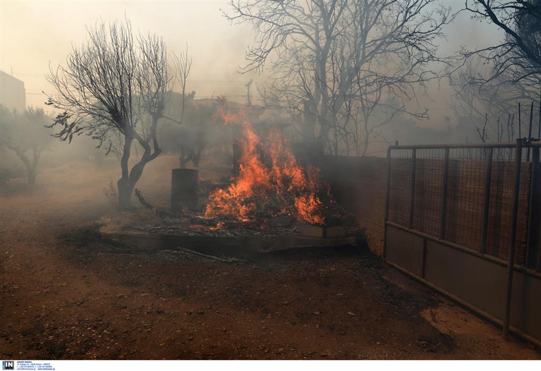 φωτιά - δήμος Σαρωνικού - Σαρωνίδα - Καλύβια