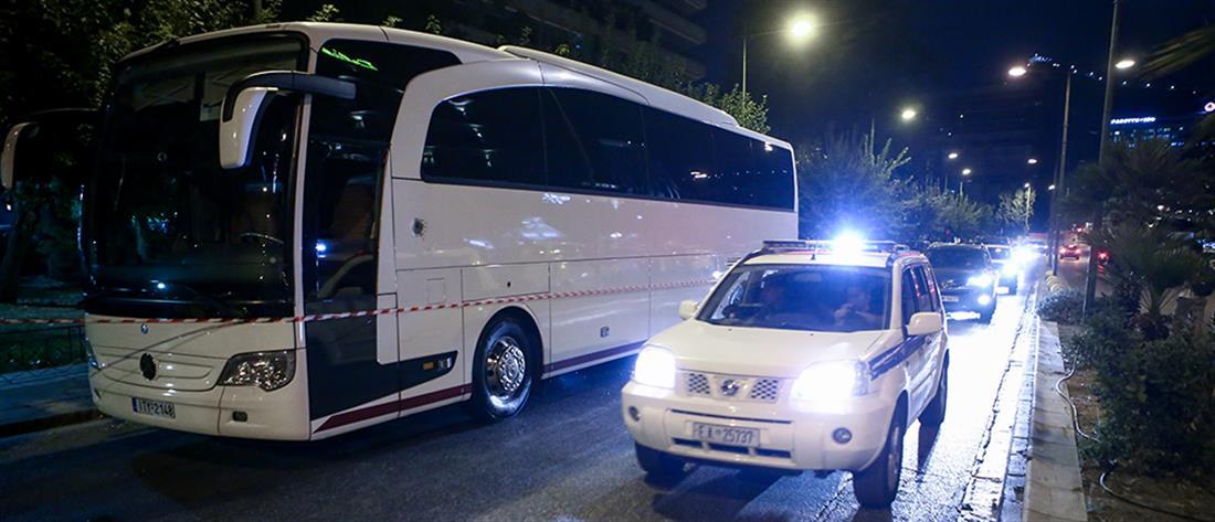 Παραδόθηκε ο δράστης των πυροβολισμών στο Κάραβελ