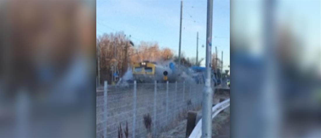 Βίντεο: Τρένο συγκρούεται με λεωφορείο