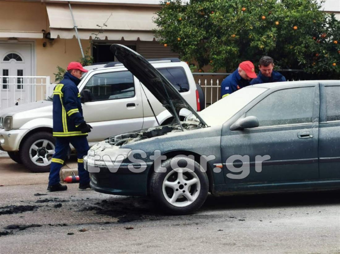 Φωτιά σε αυτοκίνητο - Λαμία
