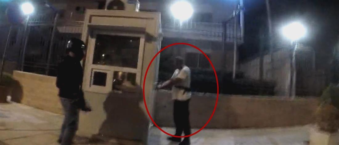 """Πέθανε η σύζυγος του φρουρού της πρεσβείας του Ιράν που δέχθηκε επίθεση από τον """"Ρουβίκωνα"""""""