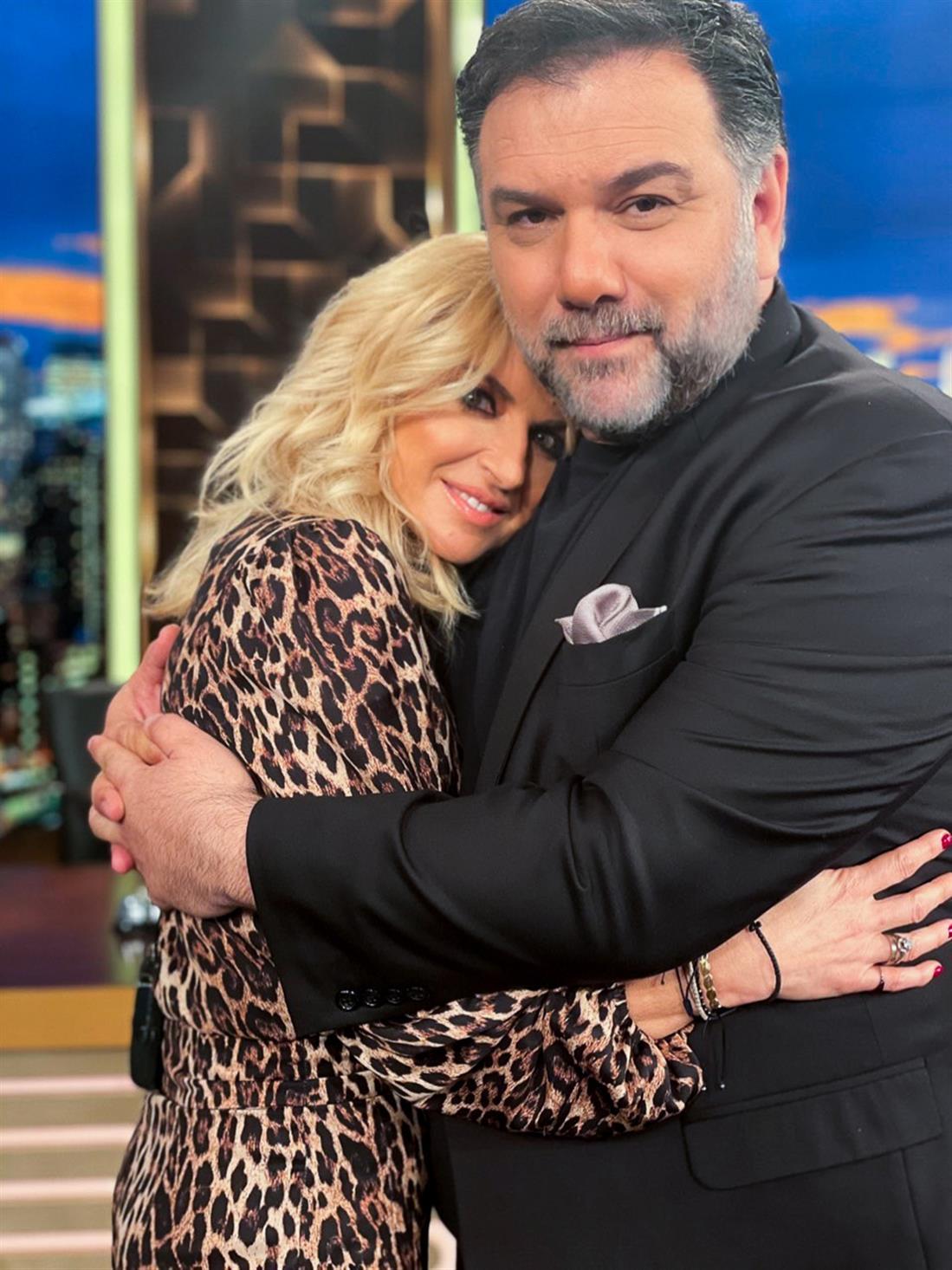 2Night Show - Γρηγόρης Αρναούτογλου - Μαρία Μπεκατώρου